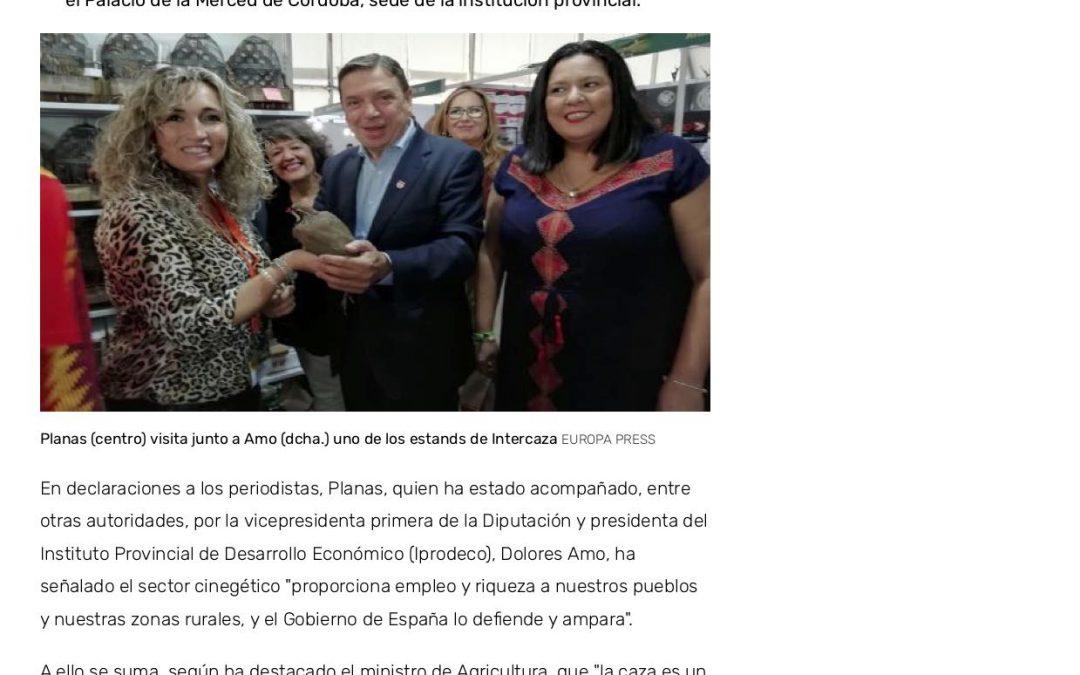 Planas apoya al sector cinegético en su visita a Intercaza 2019